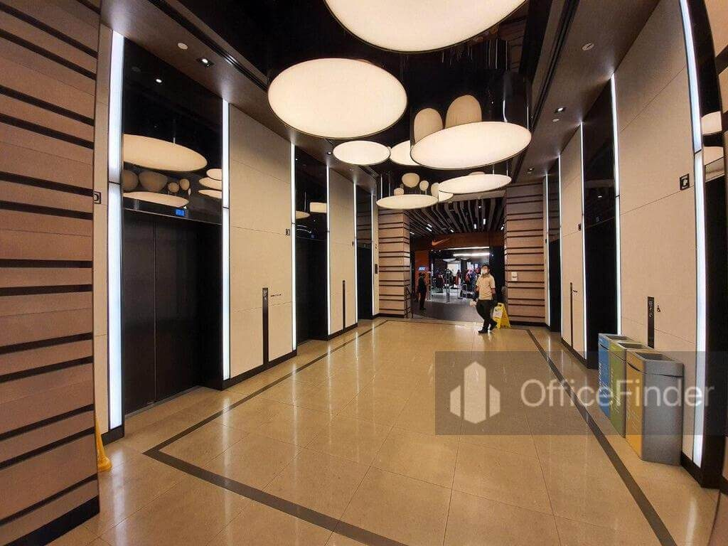 Shaw centre LIft Lobby