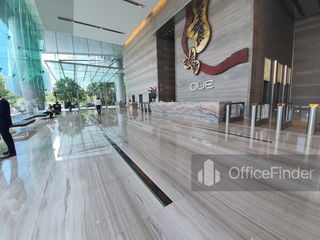 OUE Bayfront lobby